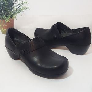 Dansko Black Leather Mules Size 40  9.5